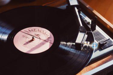 【2004年の洋楽】ヒット曲ランキング100 ⇒HIP HOP, R&B全盛期の1位はUsherのYeah!