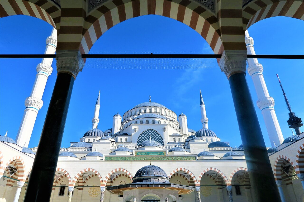 トルコ女子旅 ~壮大なモスクとボスポラス海峡・イスタンブール♪~