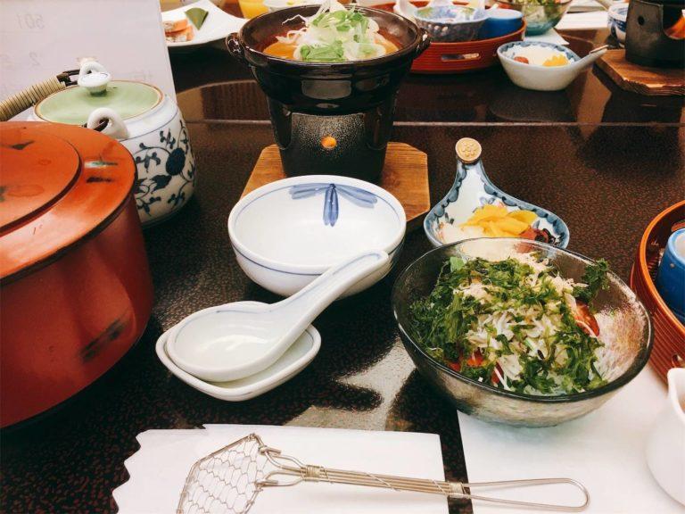 サラダ・湯豆腐